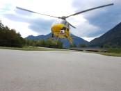 Un elicottero dell'Enel in elispezione